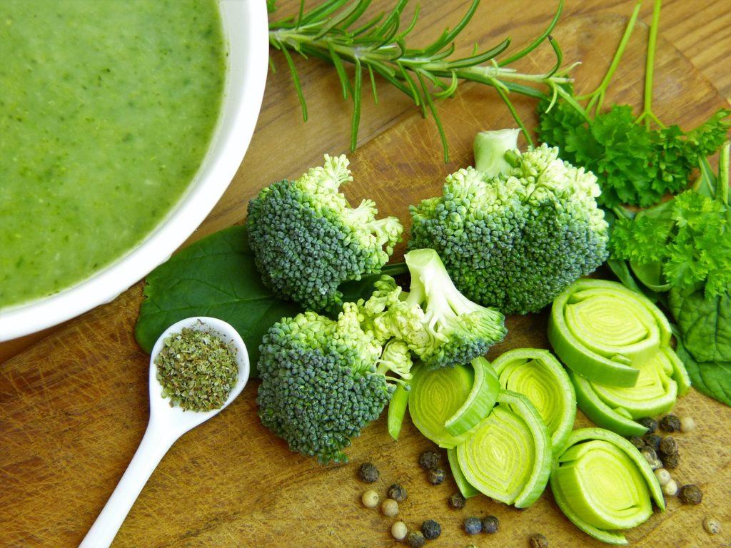 Sorprendentemente, el brócoli contiene más vitamina C que la naranja. ¿Lo sabías?