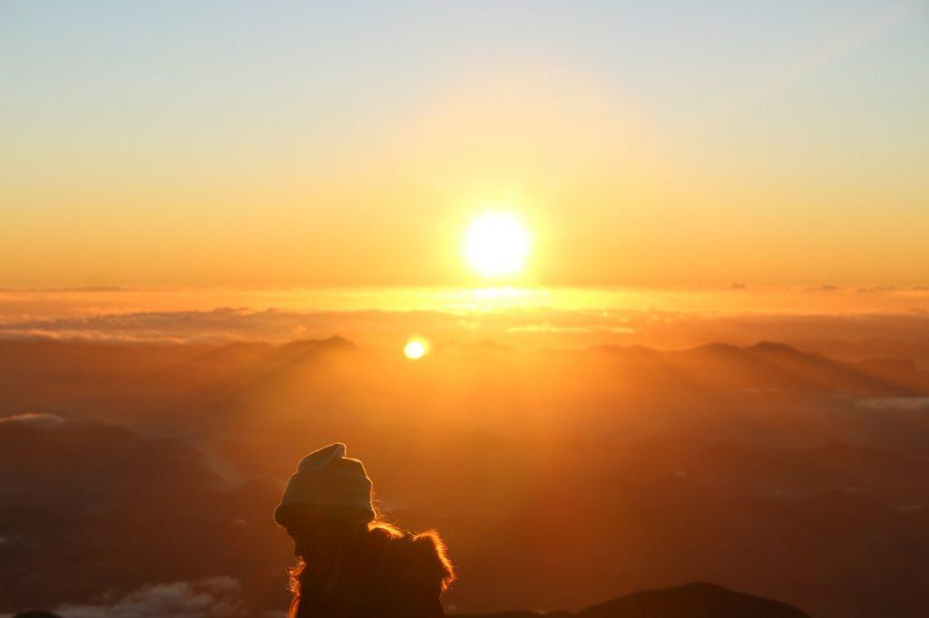Exponernos al sol durante al menos media hora diaria puede ser muy beneficioso para nuestro organismo.