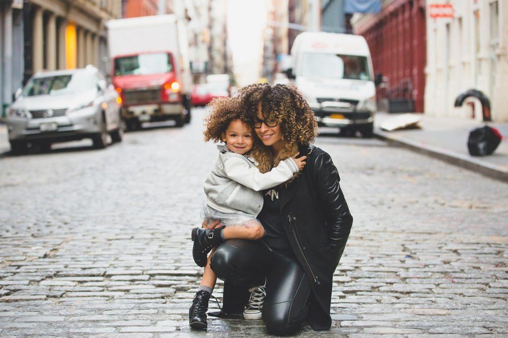 Ser una madre magnífica pasa por tener espacio para ti, no sólo con tu familia.