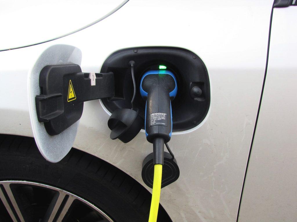 Los coches eléctricos ayudan a reducir las emisiones de Co2 a la atmósfera