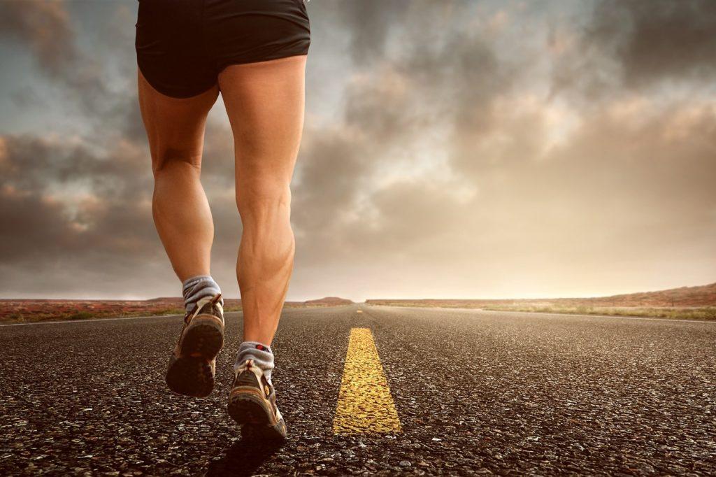 El deporte aeróbico, como por ejemplo el running, ayuda a mejorar el flujo sanguíneo