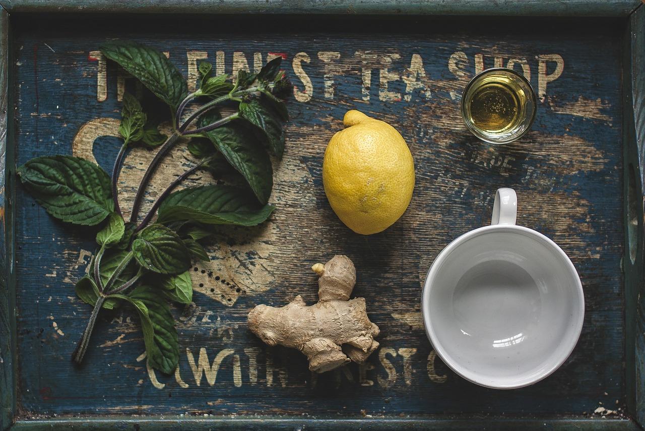 El jengibre y el limón son un gran remedio para los resfriados